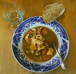 Gulsoppa, fisksoppa